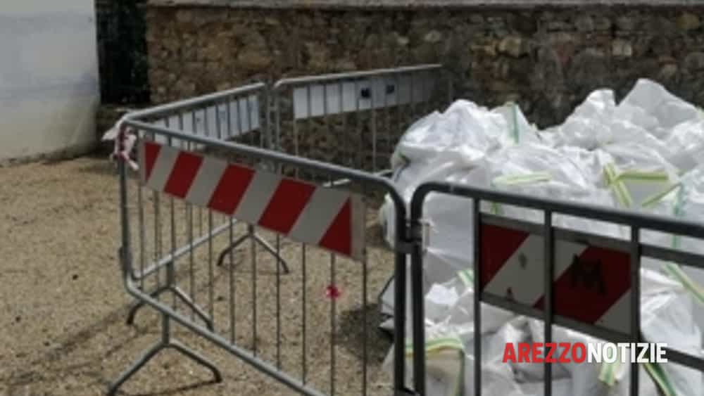 un degrado inaccettabile all'interno del cimitero di pieve a presciano-2