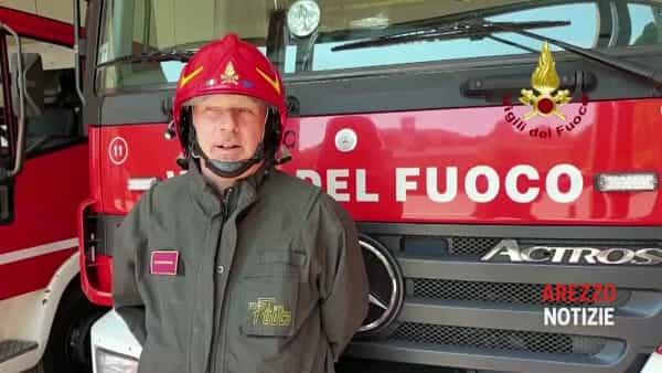 VIDEO| Padella con olio bollente in fiamme? Mai usare l'acqua per spegnerla