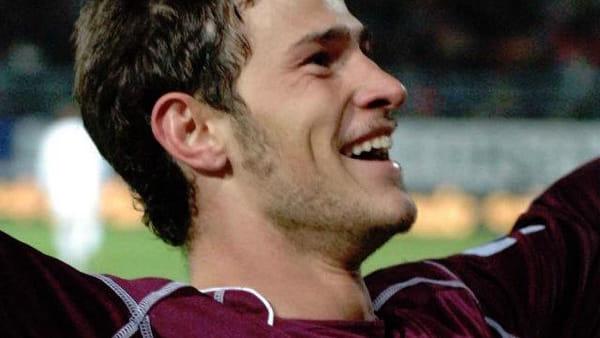 Floro Flores dice basta: l'ex amaranto dice addio al calcio