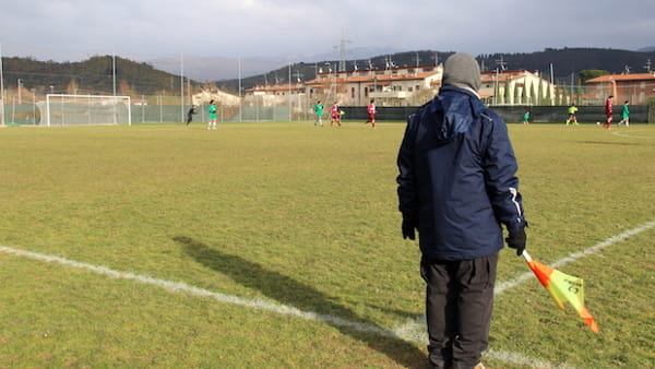 Calcio_dilettanti_guardalinee