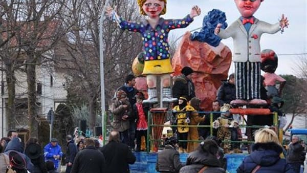 Carnevale di Rigutino: domenica di festa