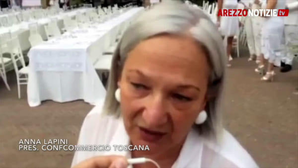 """Oltre 800 persone a tavola per terza edizione della """"Cena in Bianco"""""""