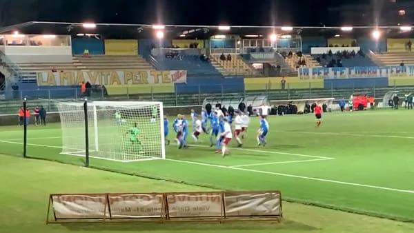 Carrarese-Arezzo 2-2, il pari di Cutolo