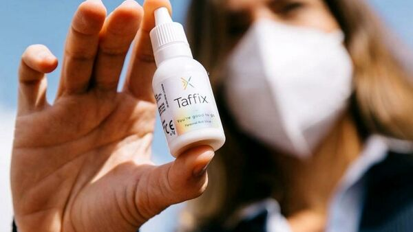 È arrivato lo spray nasale che aiuta a proteggersi dal Coronavirus