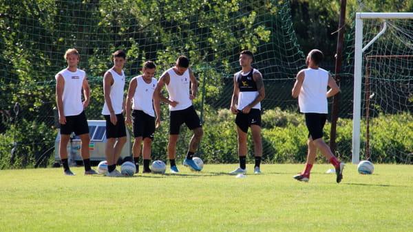 Calendario Arezzo Calcio.Arezzo Al Lavoro Con Gori Sabato Altro Test Di Lusso Ma Il