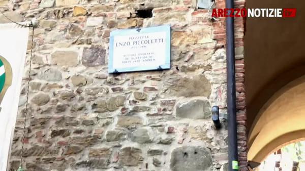 Ecco Piazzetta Enzo Piccoletti: l''intitolazione con la famiglia e i suoi vecchi figuranti
