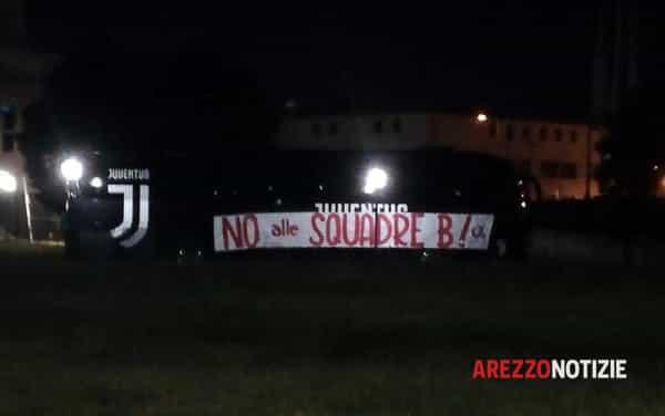 Pullman_JuventusUnder23_striscione_Arezzo-2