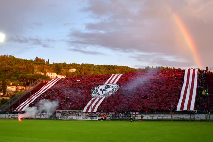 Arezzo-Pisa, andata playoff coreografia [foto S.S. Arezzo]
